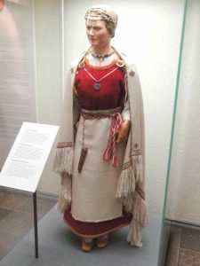 Perniö costume reconstruction from 12th century grave