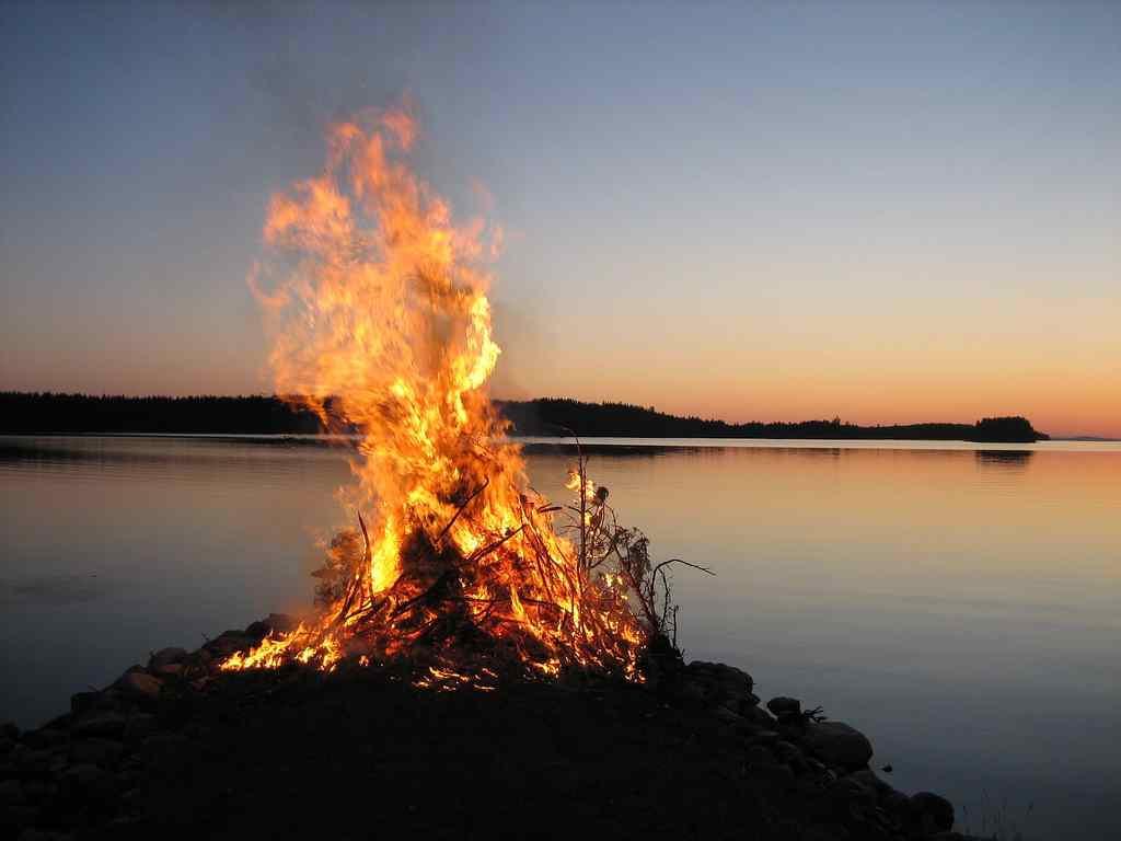 midzomer (juhannus) in finland
